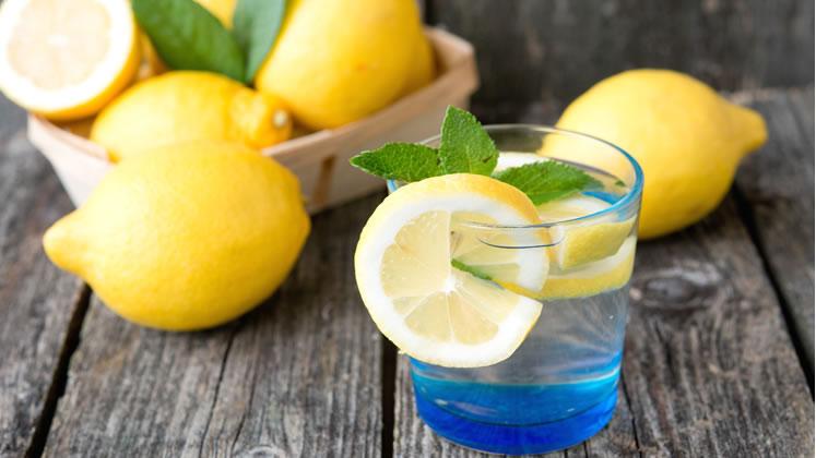 Como perder peso con agua con limón, Clinic Tech